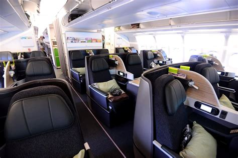 Review of EVA Air flight from Chitose to Taipei in Business