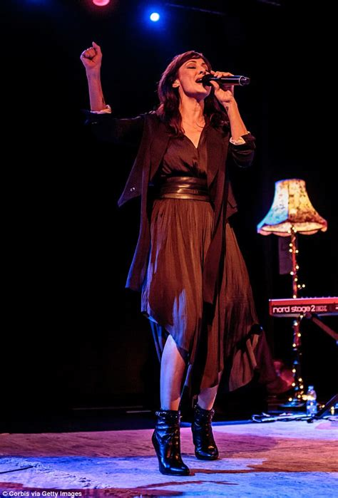 Natalie Imbruglia does show-stopping performance in Milan