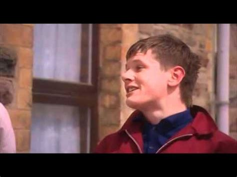 """Skins - Cook singing """"Don't Preach to Me"""" - YouTube"""